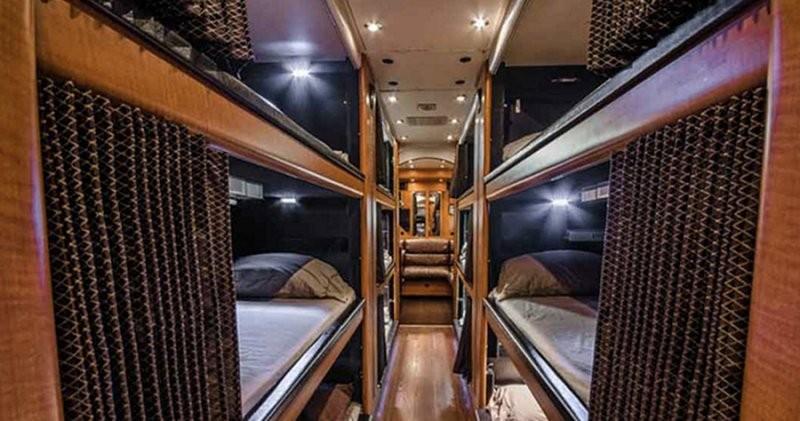 sleep-bus_230516_07