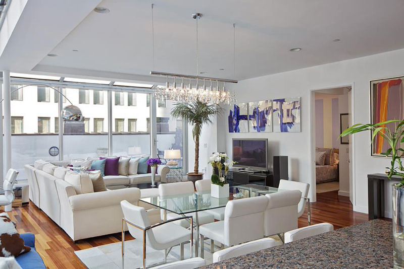 5 Reasons Why You Need A Glass Table In Your Small Space