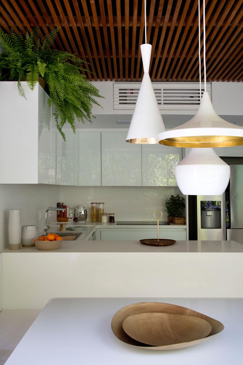 Cubrir el aire acondicionado en la cocina