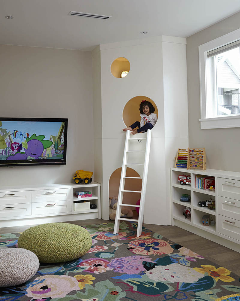 11 Kids Only Hideouts That Even The Biggest Grownups Would Be Jealous Of // This is a fun way to give kids a space all their own without it taking up an entire room.