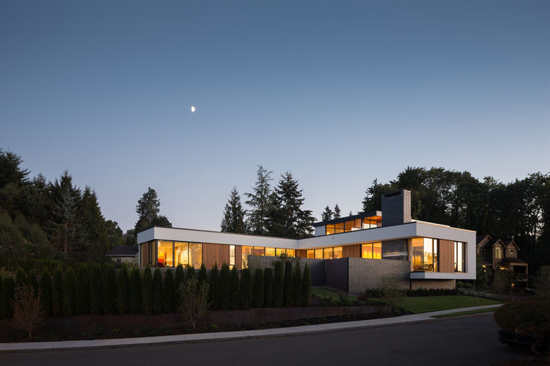 This home in Portland, Oregon, combines contemporary architecture with high performance sustainable design.