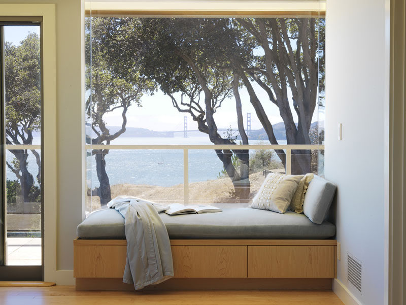 10 Reading Nooks Perfect For Curling Up In // If your book fails to captivate your attention the views from this window seat certainly will!
