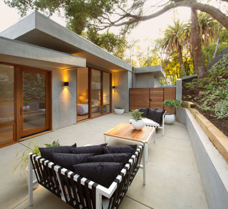 This home in California has a private outdoor space off the bedrooms.