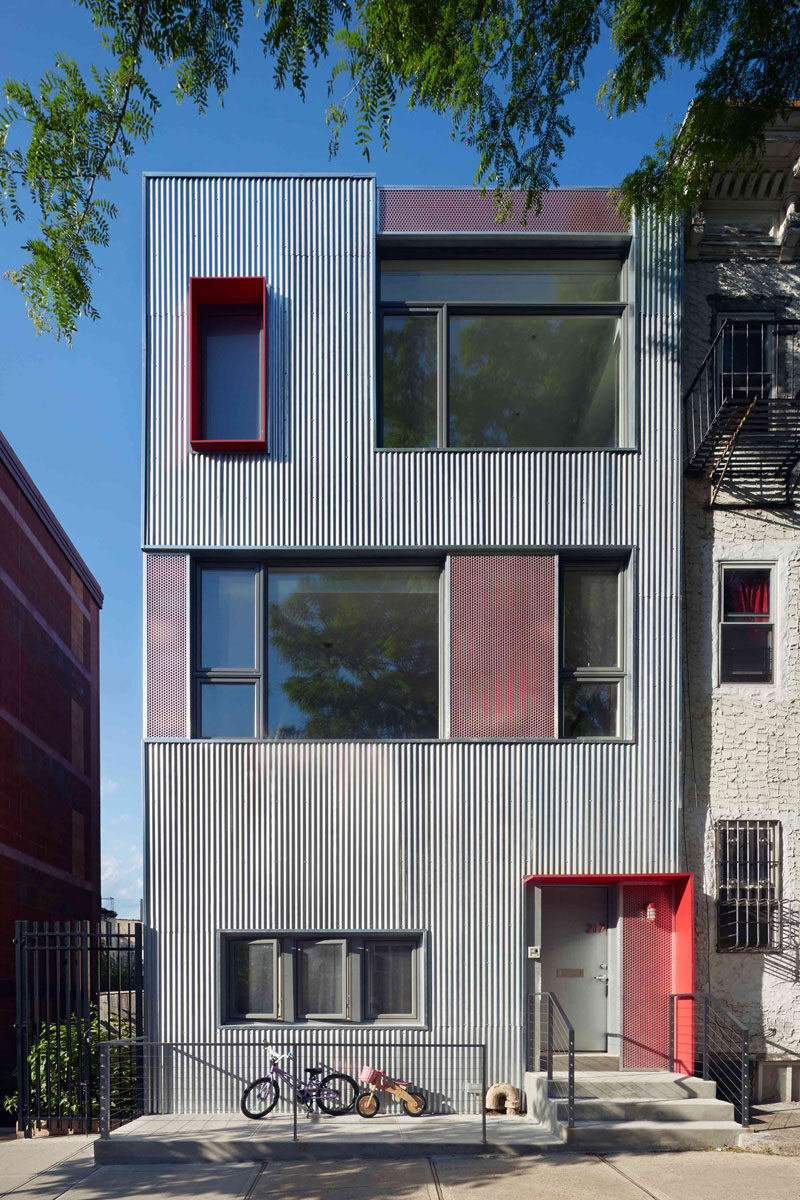 The South Slope Townhouse in Brooklyn, New York, designed by Etelamaki Architecture.