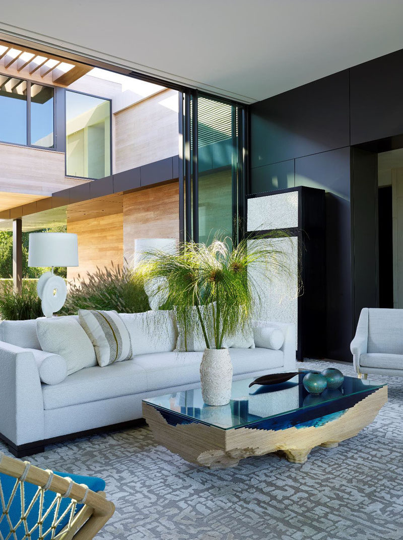 Both sides of this lounge can be opened to allow the breeze to carry through the home.