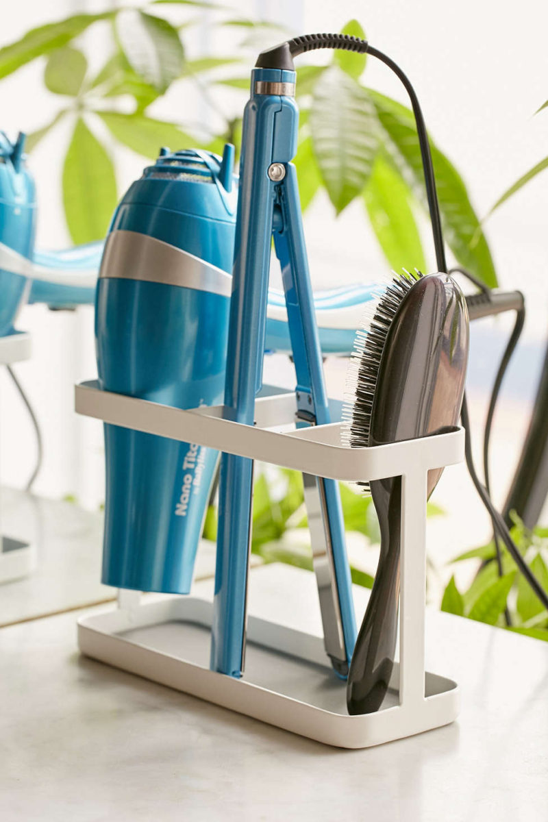 7 Bathroom Storage Ideas For Hair Tools // Organized Right on the Counter