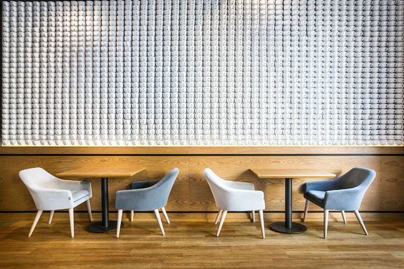2740 Teacups Have Been Used To Create A Feature Wall In This Cafe