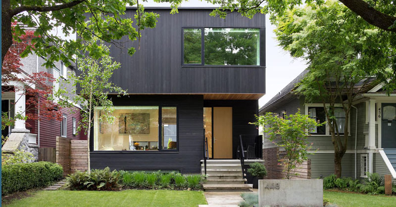 A Mid-Block Contemporary Home Arrives In Vancouver