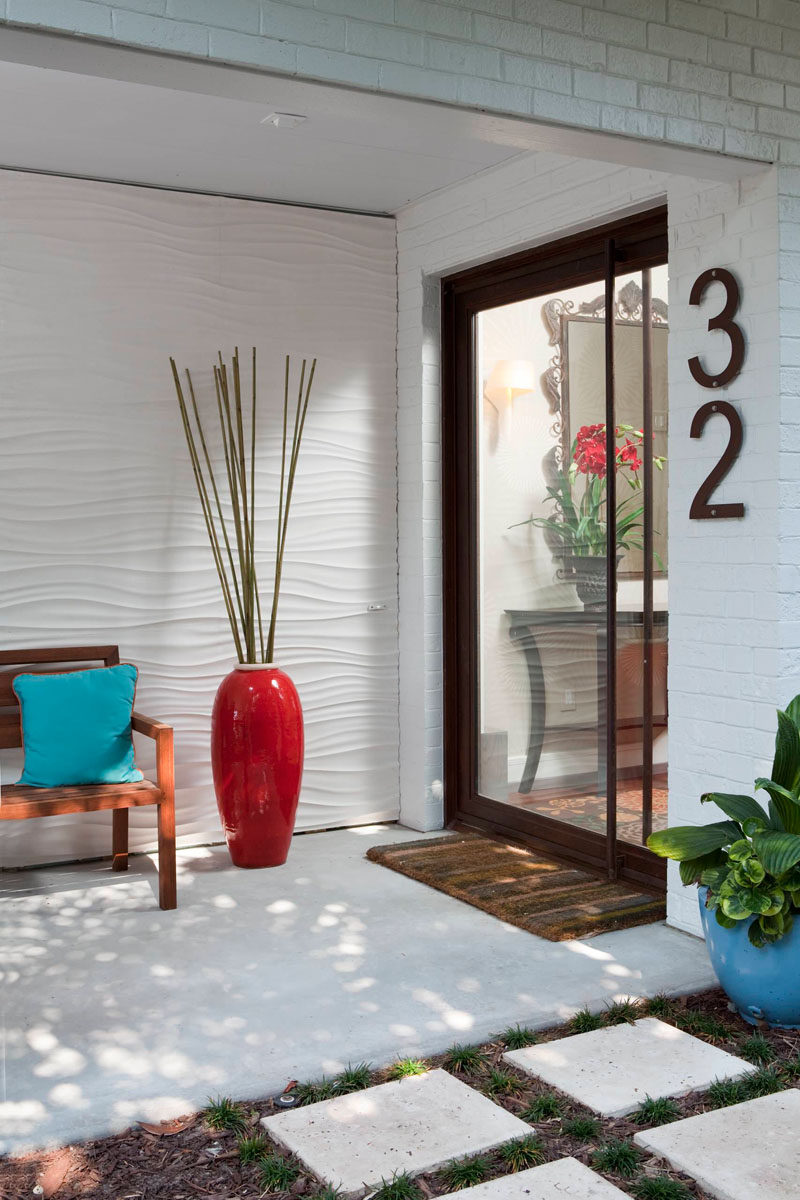 If you only have a couple of numbers to put up, why not supersize them! It'll help them stand out, and will add a unique touch to the exterior of your home. #ModernHouseNumber #HouseNumbers #HomeDecor