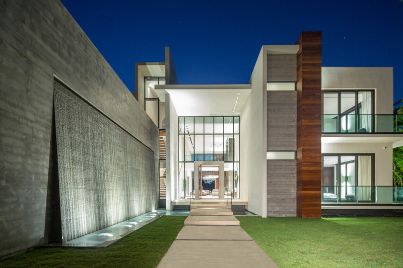 Uplighting Used At The Front Of The This Home Makes For A Dramatic Entrance  Into The House 17 Inspiring Examples Of Exterior Uplighting On Houses ...