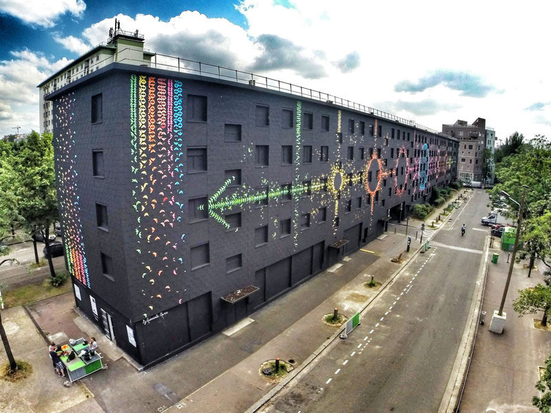 15,000 Origami Birds Were Folded To Make This Large Mural In Paris