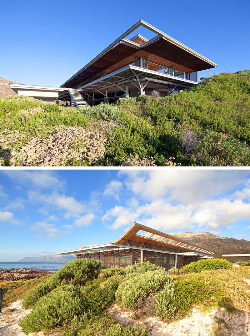 This house was designed by Elphick Proome Architects, as a response to their client's brief 'to create a single space vacation house and fully embrace the remarkable seaside location.'