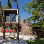 A Texas House Designed Around An Inner Courtyard