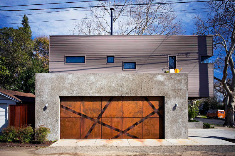 18 Inspirational Examples Of Modern Garage Doors // Angular Strips Of Steel  Mesh Break Up