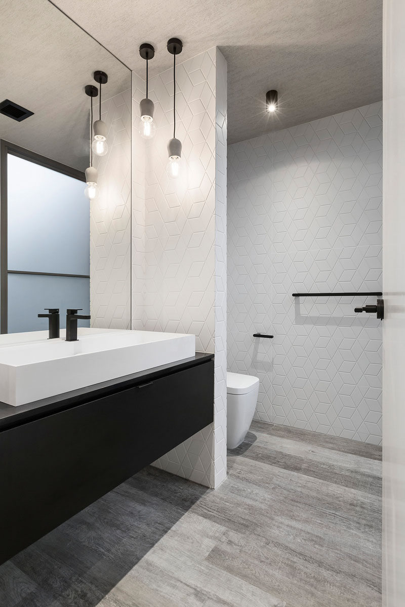 6 Ideas For Creating A Minimalist Bathroom // Create Contrast     Even  Though