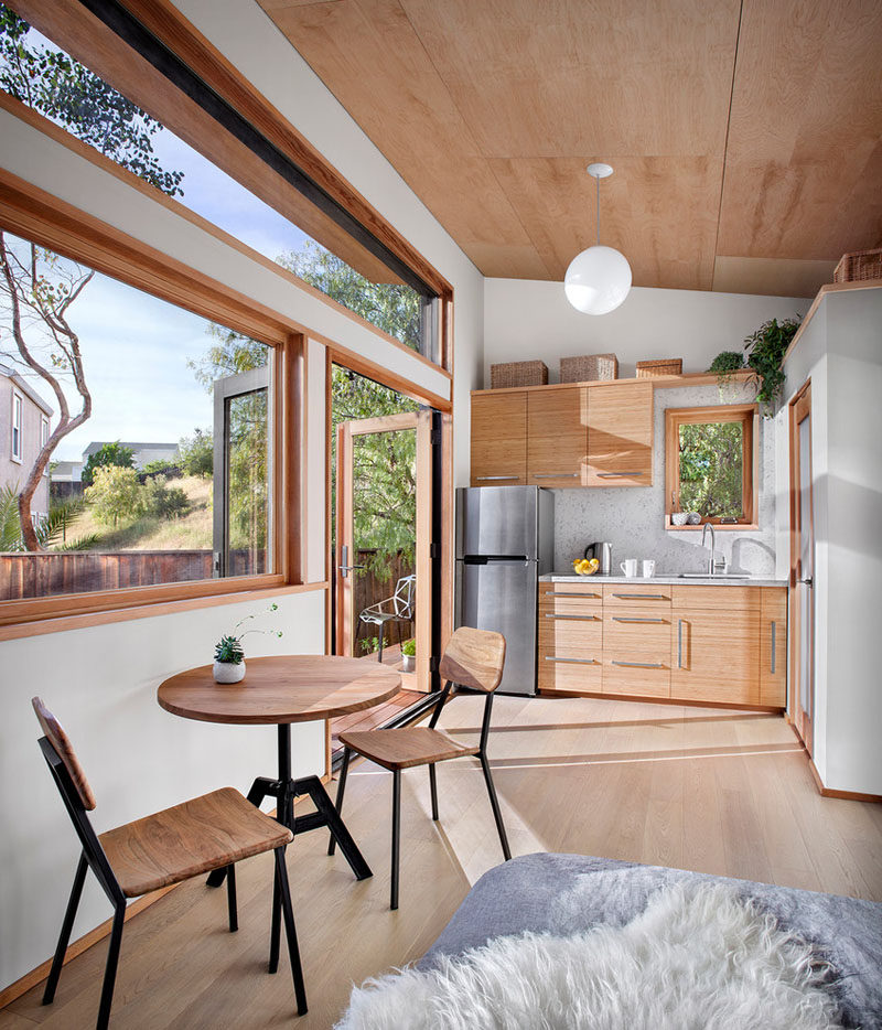 This Small Backyard Guest House Is Big On Ideas For