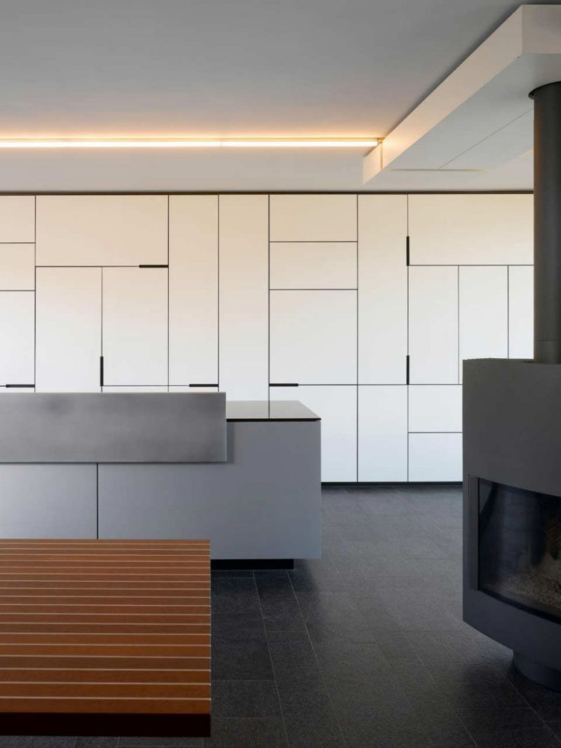 5 Ideas For Unconventional Cabinet Door Designs // These kitchen cabinets play with the sizes