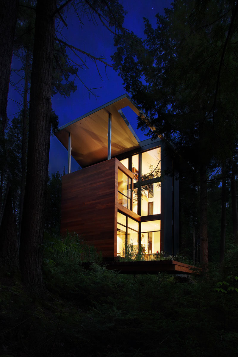 At night, this sculptor's home lights up like a lantern.