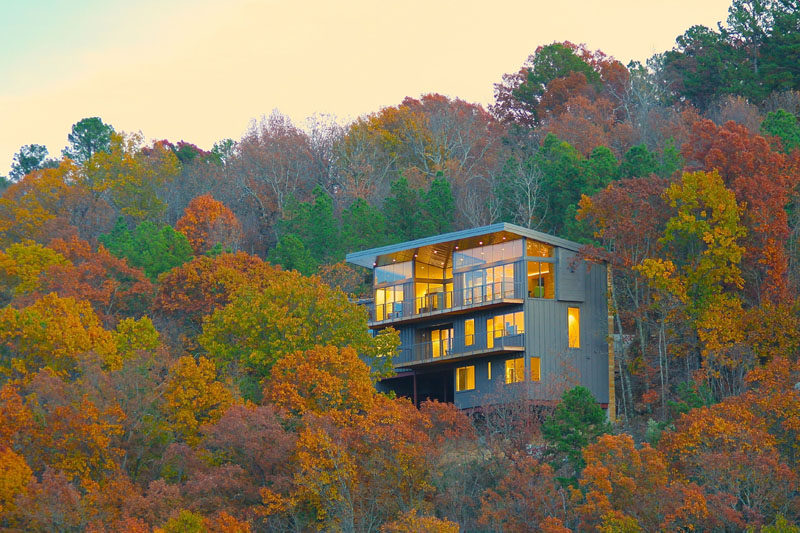 Colorful trees surround this house on a hill in Little Rock, Arkansas.
