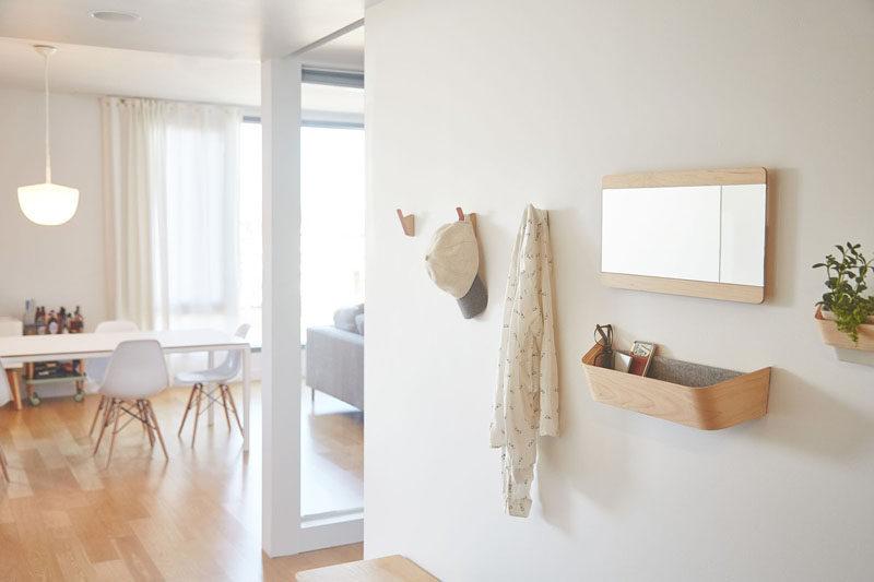 Ý tưởng thiết kế nội thất - Bao gồm những gì khi tạo lối vào cuối cùng // Catch-alls - Một món ăn tuyệt vời cho chìa khóa của bạn, gờ tường gắn trên tường, hoặc một chiếc cub-catch đơn giản mang đến cho bạn một nơi thuận tiện để đặt các nhu yếu phẩm hàng ngày của bạn cuối ngày, vì vậy bạn biết chính xác họ đang ở đâu khi bạn sẵn sàng ra ngoài sau đó.