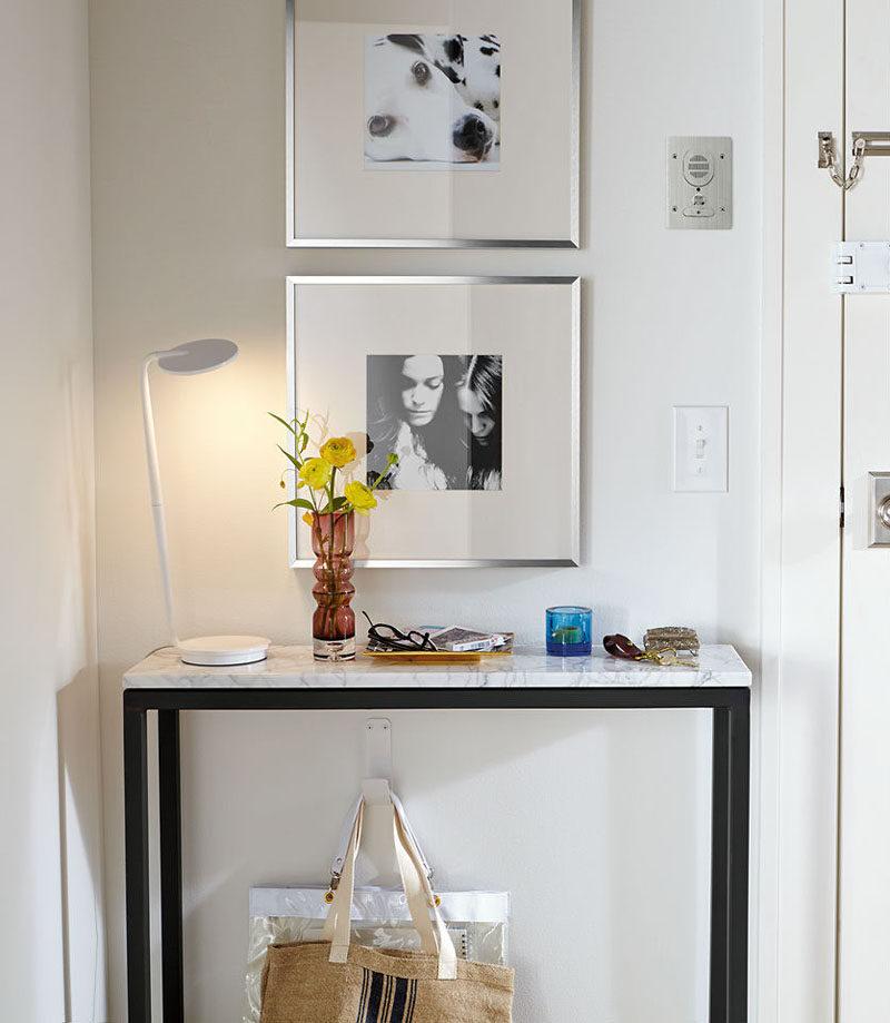 Ý tưởng thiết kế nội thất - Bao gồm gì khi tạo lối vào cuối cùng // Trang trí - thêm một tấm gương, một số ảnh, một số bông hoa, và có thể là đèn hoặc một số đèn dây, và lối vào của bạn sẽ trở thành một nơi tốt đẹp chào đón bạn vẻ đẹp và phong cách khi bạn bước vào cửa.