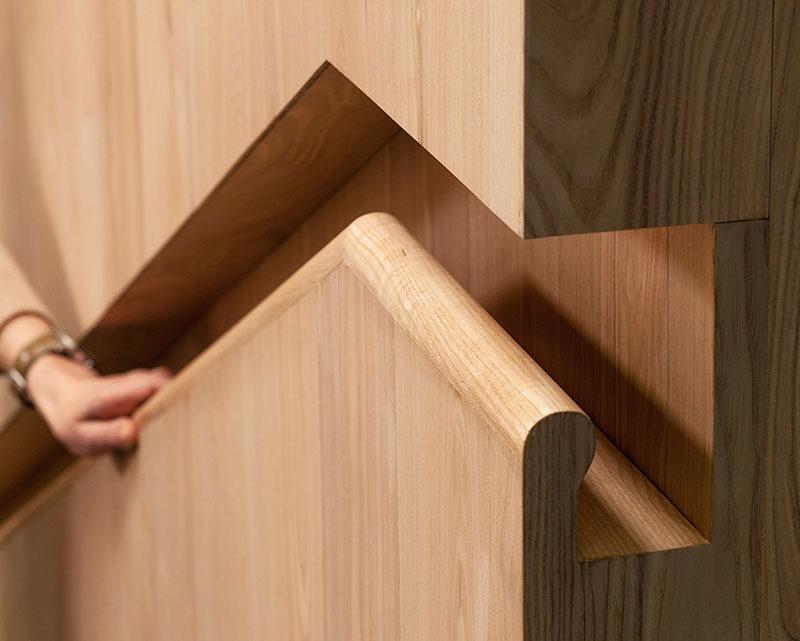Stair Design Idea – Built-In Stair Handrail