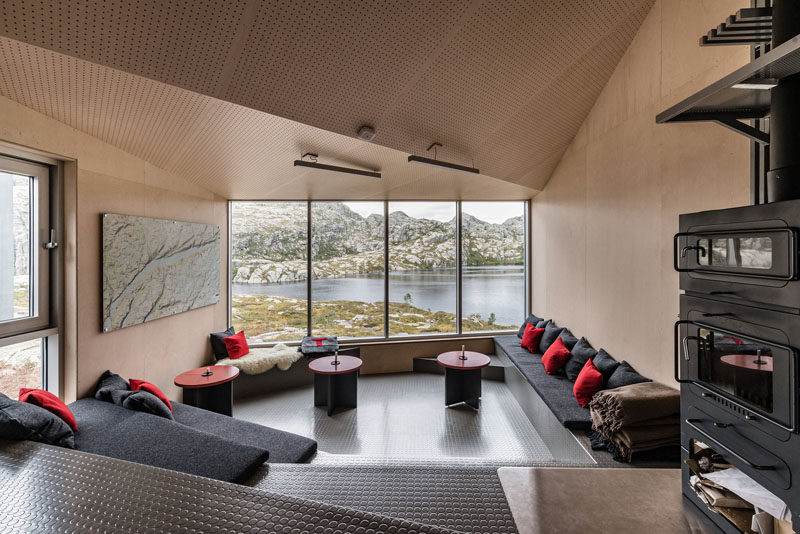 Skåpet Mountain Lodges in Soddatjørn, Norway (Designed by KOKO architects)