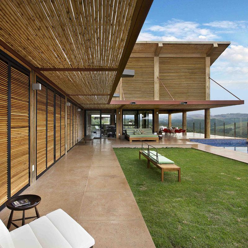 Mountain House by David Guerra