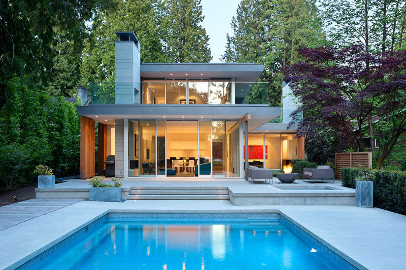 James k m cheng architects have designed this house in vancouver canada that is positioned
