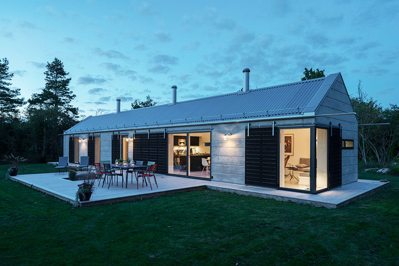 GWSK Arkitekter have designed House KD in Bläsinge, Sweden, after coming up with the idea of creating a 'modern barn'.