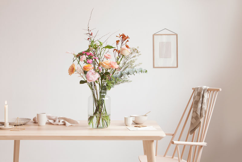 5 Essentials You Need When Hosting An Awesome Modern Tea Party // Flowers are a great way to brighten up a tea party and add a sophisticated touch.