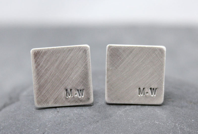 The Ultimate Gift Guide For The Modern Man (40+ Ideas!) // Customizable Silver Cuff Links