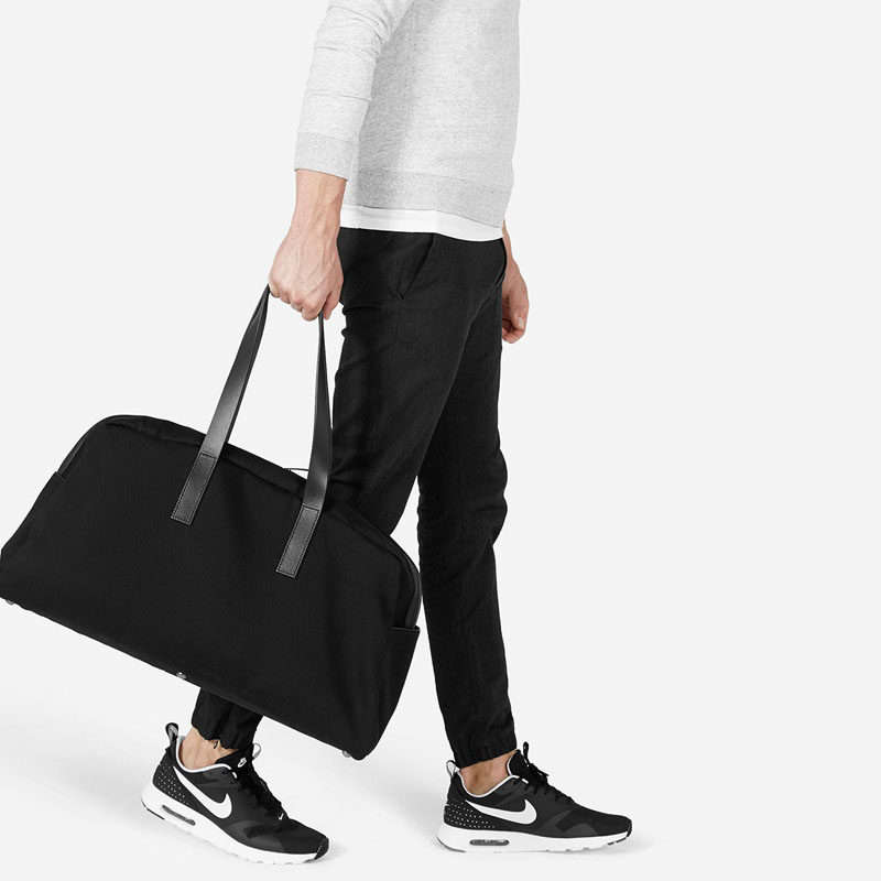 The Ultimate Gift Guide For The Modern Man (40+ Ideas!) // A Black Weekender Bag
