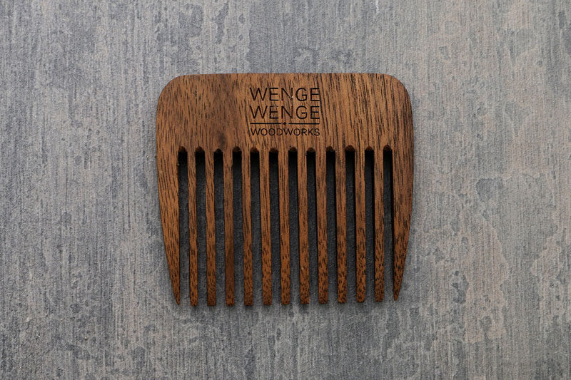 The Ultimate Gift Guide For The Modern Man (40+ Ideas!) // A Beard Comb
