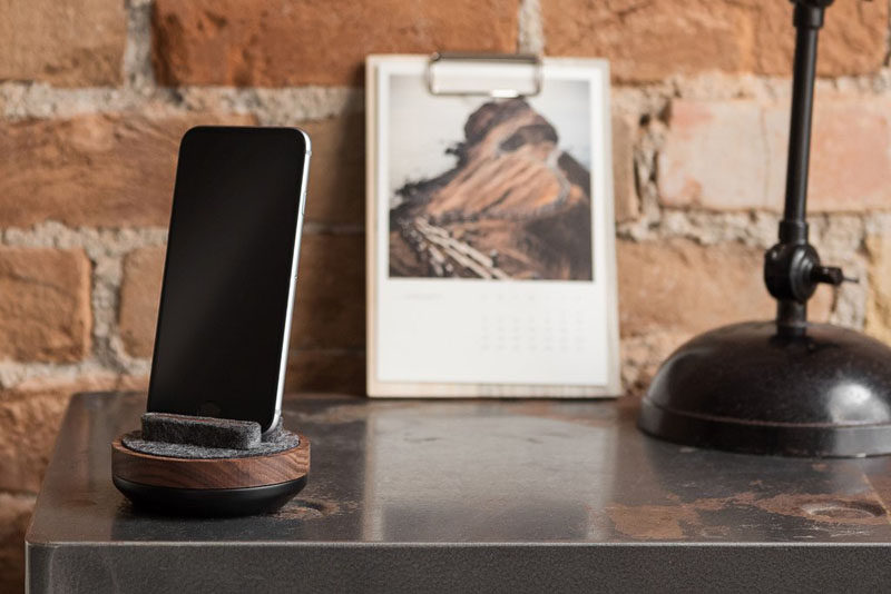 The Ultimate Gift Guide For The Modern Man (40+ Ideas!) // A Wooden Phone Charging Dock