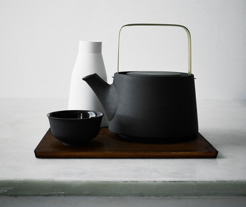 5 Essentials You Need When Hosting An Awesome Modern Tea