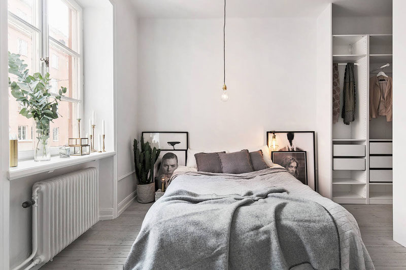 4 Essentials You Need To Create A Scandinavian Bedroom // Art -- Black and white prints and photos are put on display in simple frames to let the art stand on its own.
