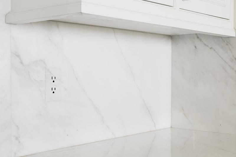Interior Design Idea - Simplify Your Home with Screwless Outlet and Switch Plate Covers
