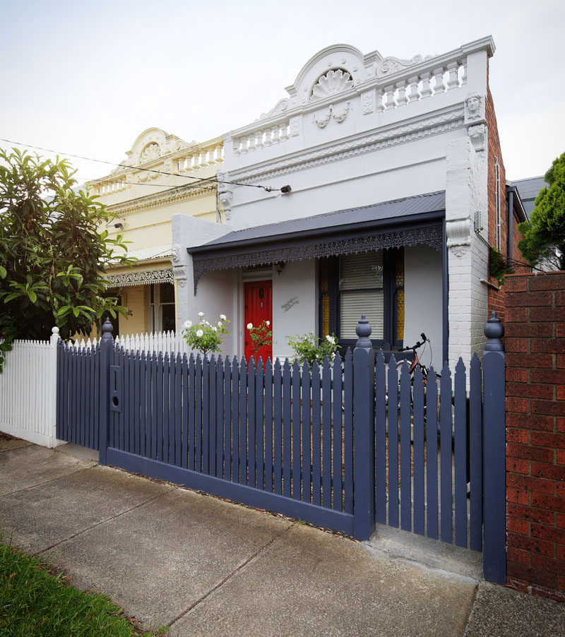 Hook Turn Architecture were tasked by their clients to add an addition to an existing 1880s Victorian terrace home in Melbourne, Australia, that wouldn't be visible from the street.