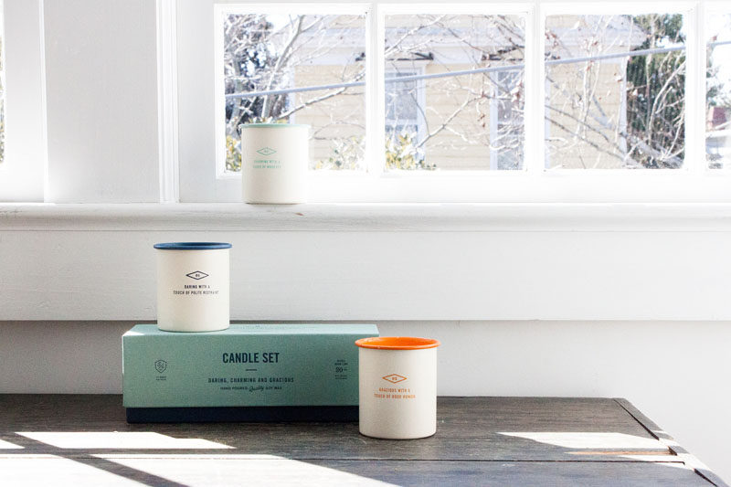 The Ultimate Gift Guide For The Modern Woman (40 Ideas!) // A set of scented candles warms up any space and helps achieve the ultimate feeling of relaxation. #GiftIdeas #ModernGift #Candle