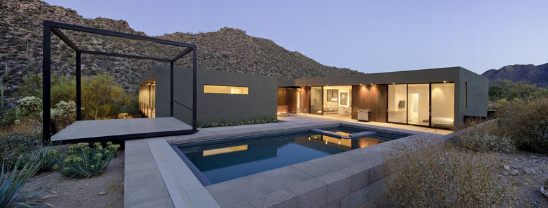 Ibarra Rosano Design Architects designed this contemporary home in Marana, Arizona, that appears to hover above the desert floor so as to not disturb the surrounding natural environment.