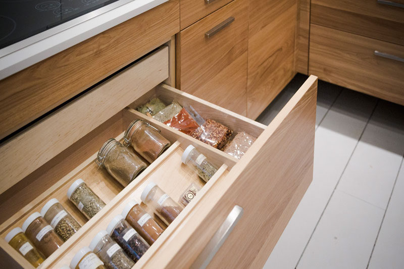 Kitchen Drawer Organization - Design Your Drawers So Everything Has A Place // A well organized spice drawer where you can actually find the spice you're looking for makes using spices so much easier.