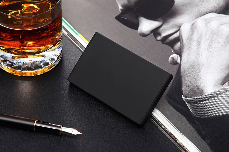 40 Awesome Gift Ideas For Architects And Interior Designers // A minimal matte black business card holder.