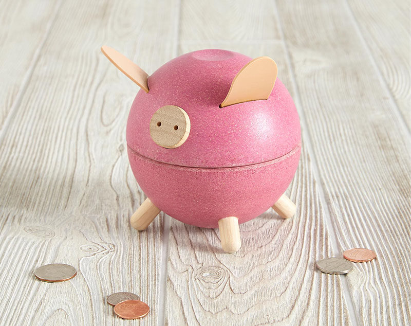Gift Guide - 30+ Gift Ideas For The Modern Kid In Your Life // This fun and quirky piggy bank twists open to reveal how much has been saved.