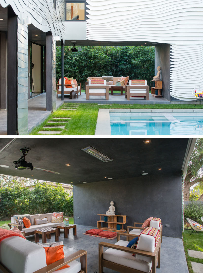 This Californian home has covered outdoor living room that's ideal for entertaining guests.