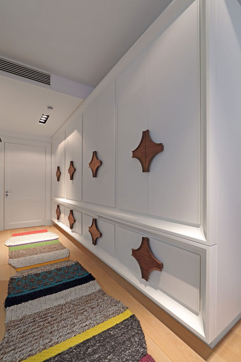 Interior Design Idea - Used Oversized Cabinet Hardware For A Unique Look