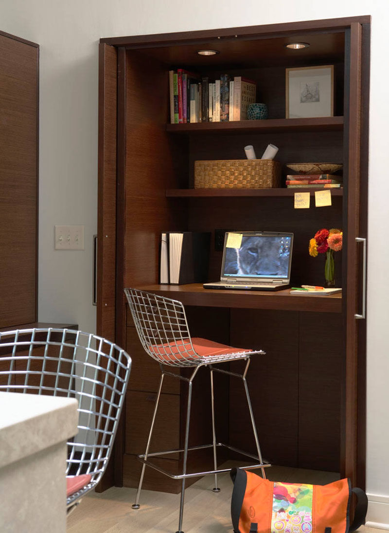 Small Apartment Design Idea Create A Home Office In A Closet