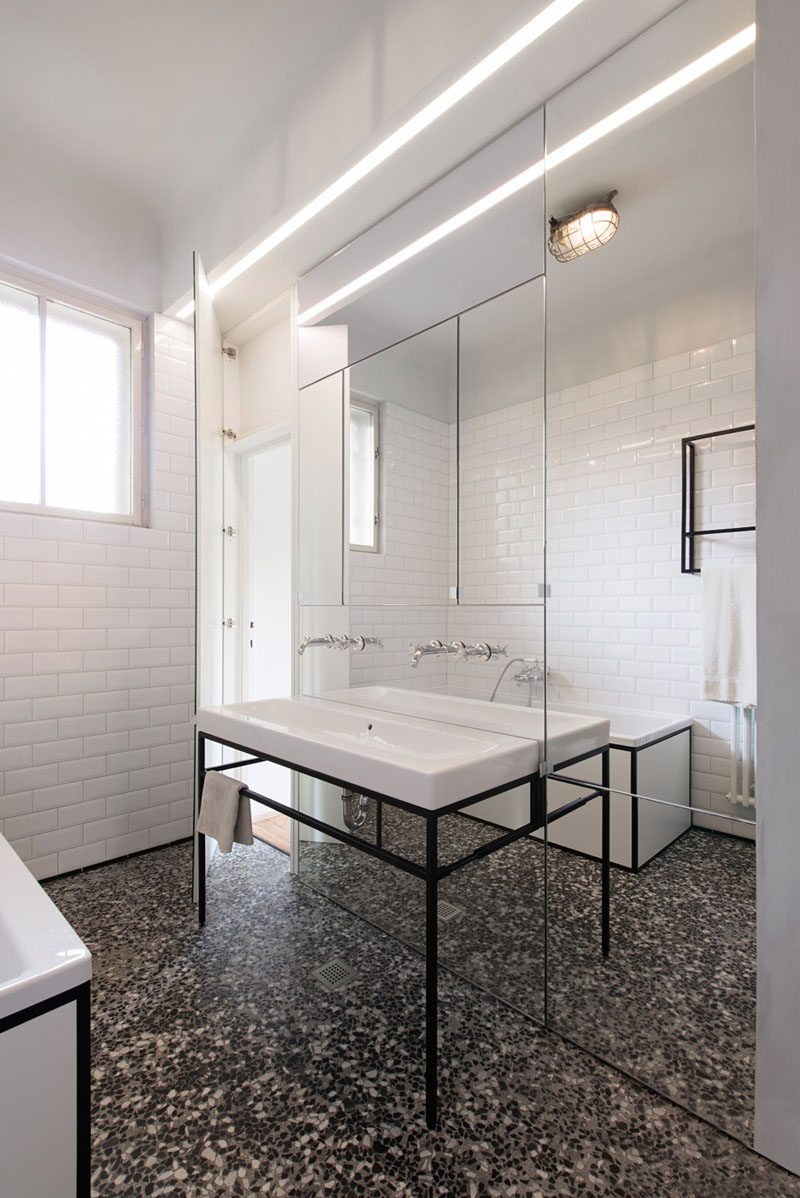Bathroom Design Idea - Extra Large Sinks Or Trough Sinks (20 Pictures) // This large sink looks even larger by being placed right up against the fully mirrored wall.