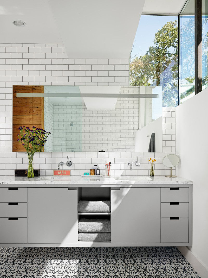 5 bathroom mirror ideas for a double vanity contemporist 5 bathroom mirror ideas for a double vanity a single mirror helps to make publicscrutiny Image collections