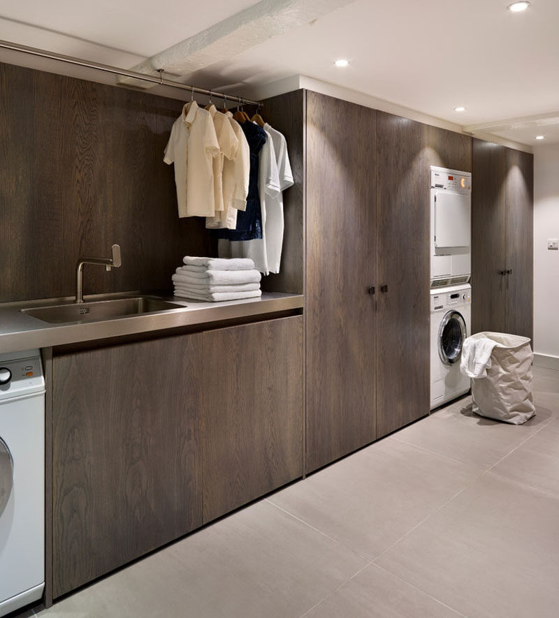 7 Laundry Room Design Ideas To Incorporate Into Your Own Laundry // Neutral color palette with natural elements